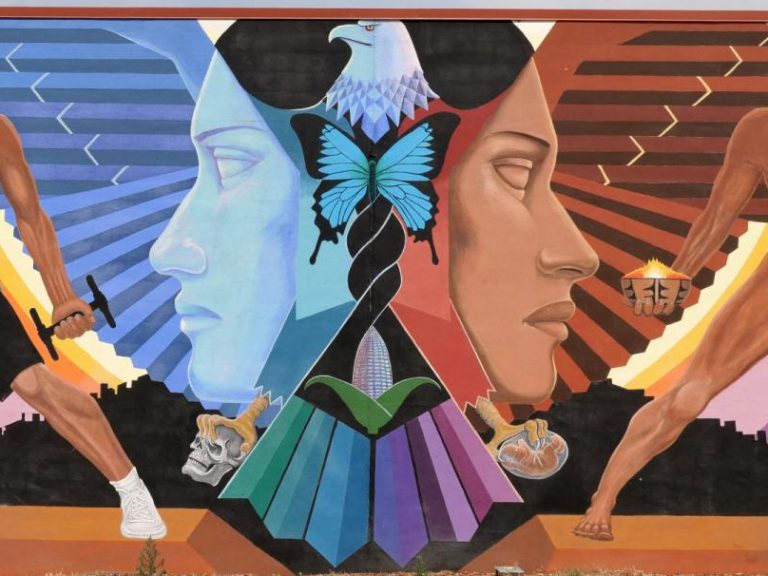 La Alma (The Soul) mural